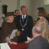 Queen Beatrix, Mayor Arnoud Rodenburg and Margriet Verbeek.